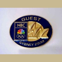 RARE  SYDNEY OLYMPICS NBC GUEST PIN 3D GOLD OPERA HOUSE
