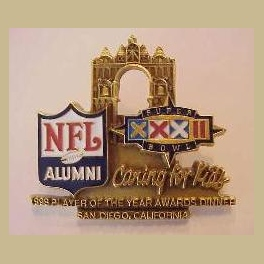 RARE  SUPER BOWL 32 NFL ALUMNI CHARITY DINNER PIN - INDIVIDUALLY NUMBERED PIN OF 500