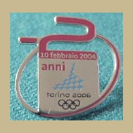 2006 TORINO OLYMPIC PINS 2 YEARS TO GO COUNTDOWN PIN TROFE